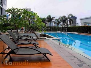 Bright and lovely flat, Great Location @BGC - Taguig City vacation rentals