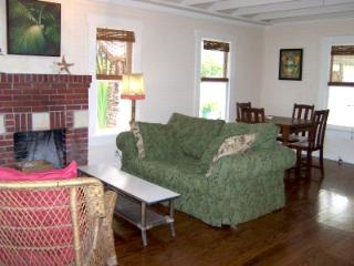 Charming House with Dishwasher and Clothes Dryer - Cortez vacation rentals