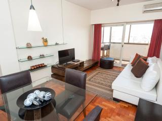 Excellent 1 Bedroom Apart in R - Buenos Aires vacation rentals