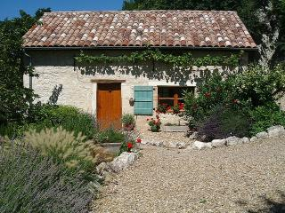 Wonderful 1 bedroom Castelnau-Montratier Cottage with Deck - Castelnau-Montratier vacation rentals