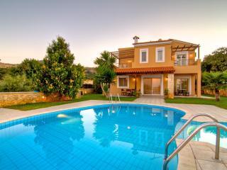 """Villa """" Elesa"""" Gerani Villas Rethymno Grete - Gerani vacation rentals"""