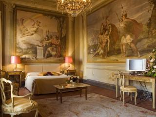 Residenza D'Epoca Palazzo Galletti CERERE - Florence vacation rentals