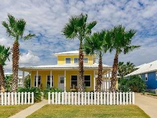 3BR/3BA Remodeled Low Country Style Beach House, Ready for Winter Texans! - Port Aransas vacation rentals