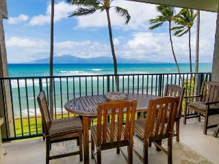 $229 SPECIAL to 9/4/17! Highly Upgraded Direct Oceanfront 1 Bedroom Sleeps 4 - Lahaina vacation rentals