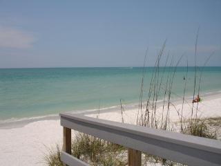 Alice's Beach Bungalows 2 bdrm 500' to Beach! - Treasure Island vacation rentals