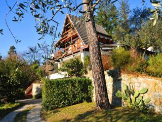 Il Pettirosso Cottage-private pool, beach, 5 Terre - Sarzana vacation rentals