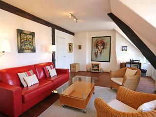 Comfortable 2 bedroom Apartment in Clugnat - Clugnat vacation rentals