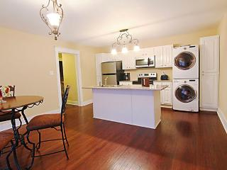 Downtown Condo/Historical bldg. w/modern amenities - Florence vacation rentals