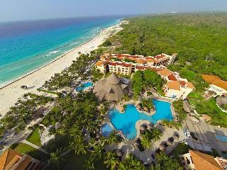 $820 / 1&2br - Playacar Resort in Playa del Carmen - Playa del Carmen vacation rentals