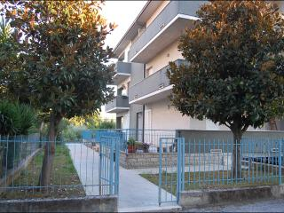 Nice Condo with Housekeeping Included and Television - Falconara Marittima vacation rentals