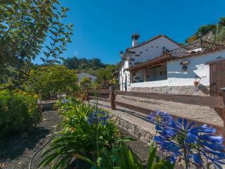 Cozy House with Internet Access and Wireless Internet - Vega de San Mateo vacation rentals