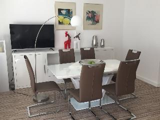Stylish Luxury 2 Bedroom , Near Messe , WIFI - Frankfurt vacation rentals