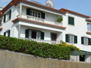 Villa in Funchal sea view and Marina do Funchal - Funchal vacation rentals