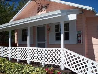 Bayfront Cottage, Beach, Dock, Marina $170 - Key Largo vacation rentals