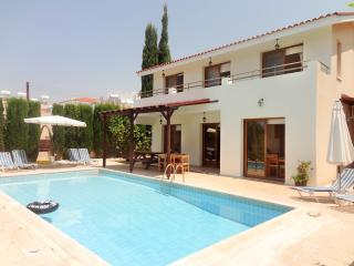 3br villa, private pool, wifi, breathtaking views - Kissonerga vacation rentals