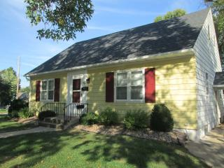 NEW LISTING 10/19/15 - 3br/2ba Home Near Downtown - Rochester vacation rentals
