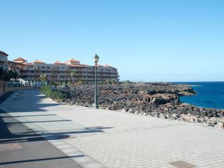 APARTMENT CASTLE 1 NEAR THE BEACH AND GOLF COURSE. - Caleta de Fuste vacation rentals