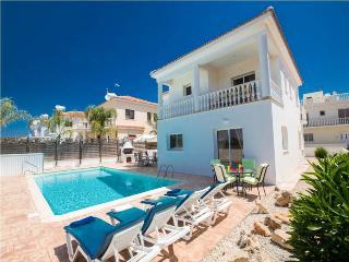 4 BR luxury villa, walking distance to Nissi Beach - Ayia Napa vacation rentals