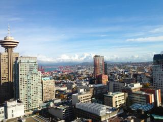 Modern Downtown Condo with Breathtaking Views - Vancouver vacation rentals