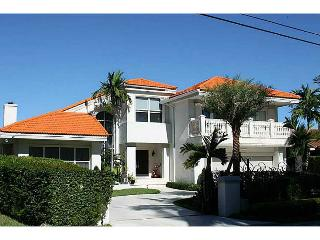 Villa Encantadora - North Miami Beach vacation rentals