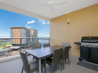 Saltwater Suites 2 Bed Lagoon Apartment - Sleeps 4 - Darwin vacation rentals