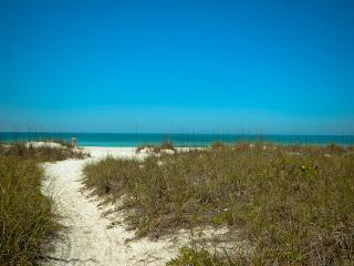 Cozy 3 bedroom House in Anna Maria - Anna Maria vacation rentals