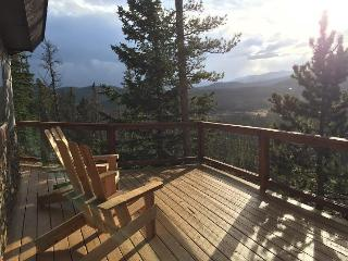 MODERN MTN GETAWAY - AMAZING VIEWS! - Idaho Springs vacation rentals