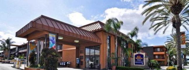 Hotel Front View - Best Western Plus Stovalls Inn, Anaheim, CA - Anaheim - rentals
