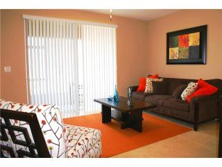 Orlando - Deluxe Vacation Rental - 8 Guests - 3BR - Davenport vacation rentals