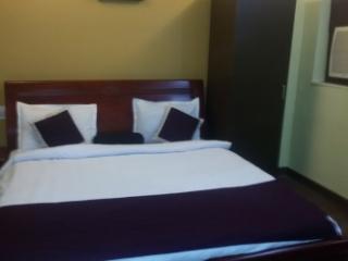 5 bedroom Condo with Internet Access in Kolkata (Calcutta) - Kolkata (Calcutta) vacation rentals