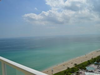 SUPER SPECTACULAR OCEANFRONT-MODERN-AMAZING VIEWS! - Sunny Isles Beach vacation rentals