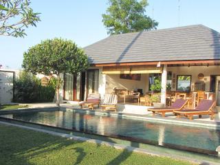 Brand New 3 BR Villa Rice Field View  Canggu - Canggu vacation rentals