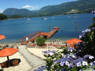 Oceanside - Two Luxury Suites - Sechelt vacation rentals