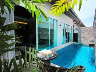 The Ville Pool Villa - 3Bedrooms (B06) - Pattaya vacation rentals