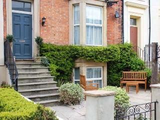 6 ABBEY TERRACE, family friendly, character holiday cottage, with a garden in Whitby, Ref 4281 - Whitby vacation rentals