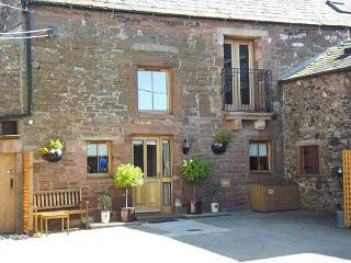 SWALLOW'S NEST, family friendly, character holiday cottage in Penrith, Ref 4231 - Penrith vacation rentals