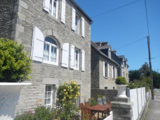 Très jolie Maison en pierre, 3 chbres , vue mer - Saint-Cast le Guildo vacation rentals
