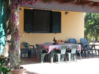 Charming 3 bedroom Bungalow in Tortoli - Tortoli vacation rentals