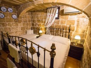 The Burrow Ground Floor Suite Private Bathroom - Tarxien vacation rentals