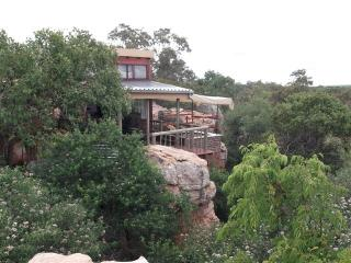 Romantic Cottage with Shared Outdoor Pool and Housekeeping Included - Vaalwater vacation rentals