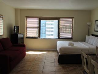 Beautifull studio on the beach - #942 - Miami Beach vacation rentals