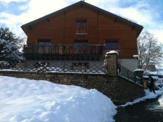 Grand Chalet de Montagne, proche de Luchon - Bagneres-de-Luchon vacation rentals