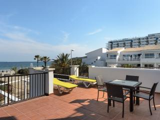 Beach front TERRACE sea view!BM JM - Playa d'en Bossa vacation rentals
