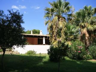 Spacious 4 bedroom Solanas House with DVD Player - Solanas vacation rentals