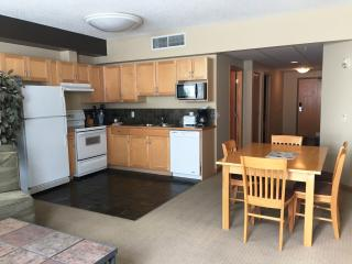 RockiesRentals.ca: Centrally Located 3 Bdrm Condo - Canmore vacation rentals