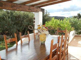 Wonderful 5 bedroom Baja Sardinia House with Washing Machine - Baja Sardinia vacation rentals