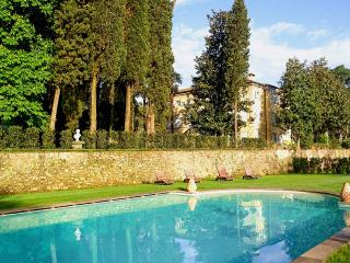 Villa Lucchese, Sleeps 22 - Capannori vacation rentals