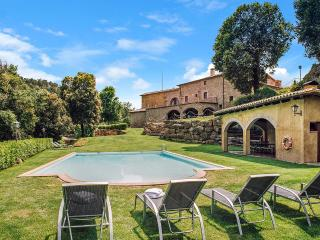 Perfect Villa with Central Heating and DVD Player - Castelltercol vacation rentals