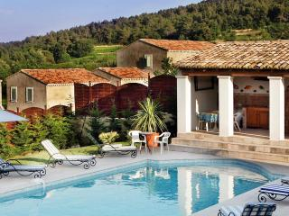 6 bedroom Villa with DVD Player in Vaison-la-Romaine - Vaison-la-Romaine vacation rentals