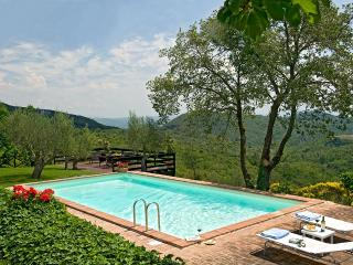 Villa Allegra, Sleeps 8 - Perugia vacation rentals